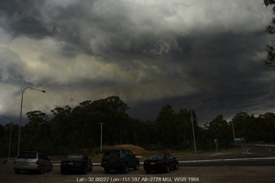 20061113jd02_thunderstorm_base_near_f3_freeway_newcastle_nsw