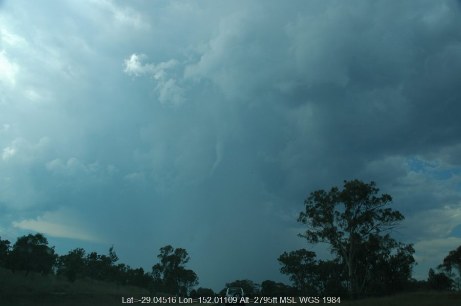 20061124mb23_thunderstorm_base_n_of_tenterfield_nsw