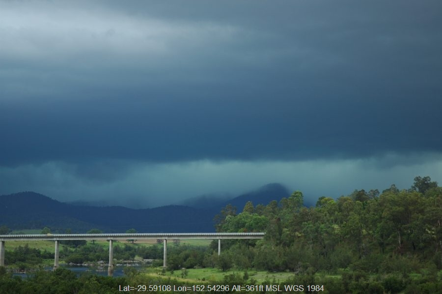 20070126mb35_thunderstorm_base_jackadgery_nsw