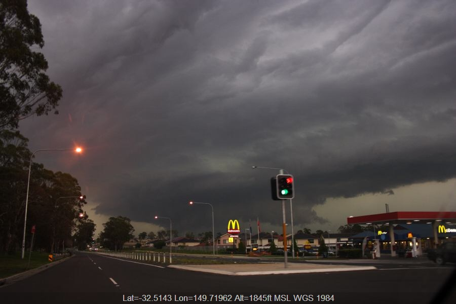 20070301jd28_thunderstorm_base_near_cross_roads_nsw
