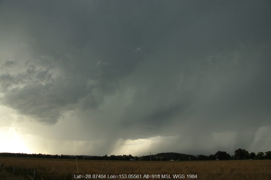 20080920mb045_thunderstorm_base_near_casino_nsw