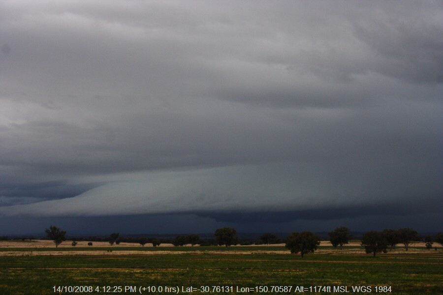 20081014jd58_thunderstorm_base_w_of_manilla_nsw