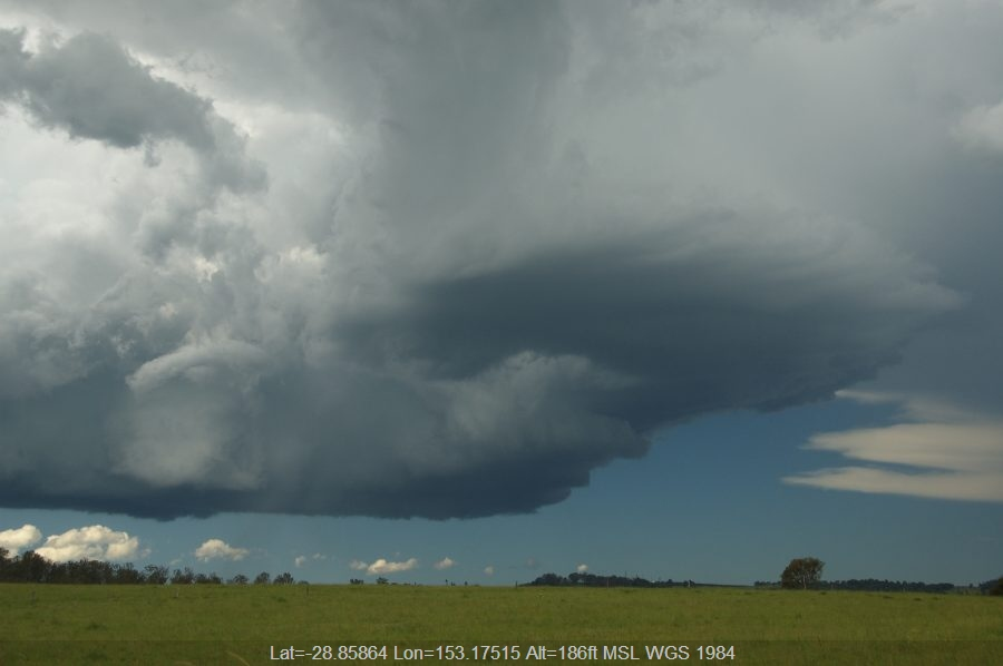 20081230mb053_thunderstorm_base_mckees_hill_nsw