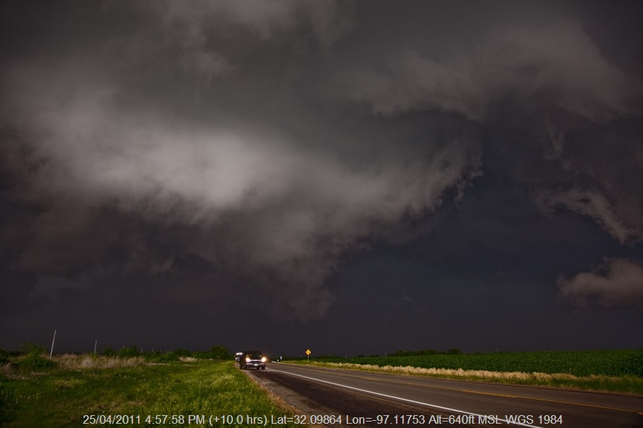 20110425jd064_thunderstorm_base_lovelace_texas_usa