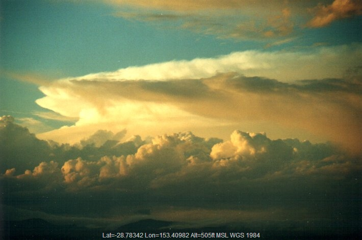 20001104mb32_supercell_thunderstorm_mcleans_ridges_nsw