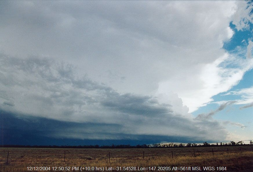 20041207jd08_supercell_thunderstorm_20km_w_of_nyngan_nsw