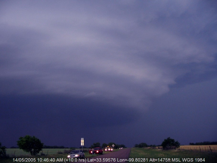 20050513jd18_supercell_thunderstorm_e_of_benjamin_texas_usa