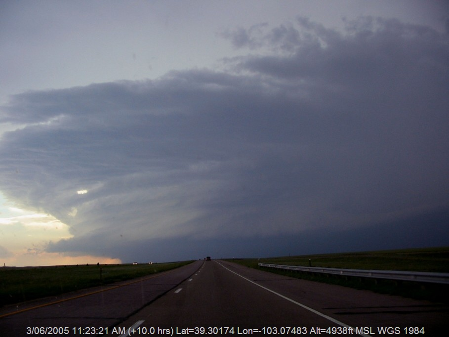 20050602jd09_supercell_thunderstorm_i_70_near_flagler_colorado_usa