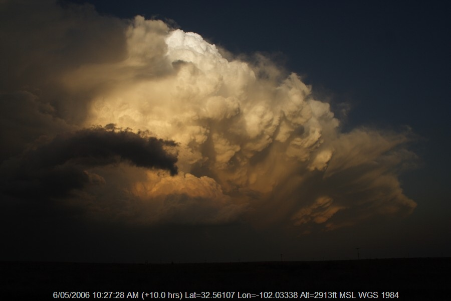 20060505jd68_supercell_thunderstorm_s_of_patricia_texas_usa