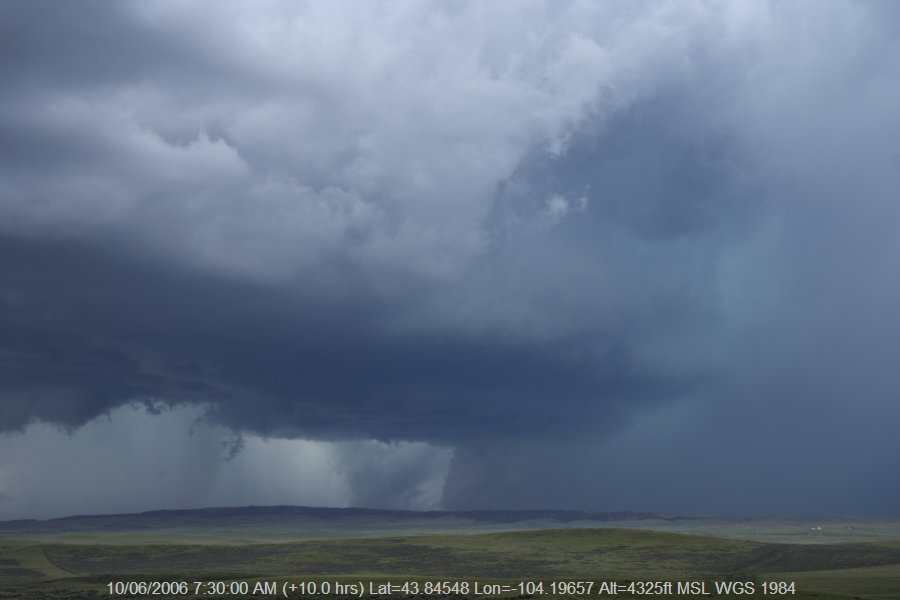 20060609jd46_supercell_thunderstorm_nw_of_newcastle_wyoming_usa
