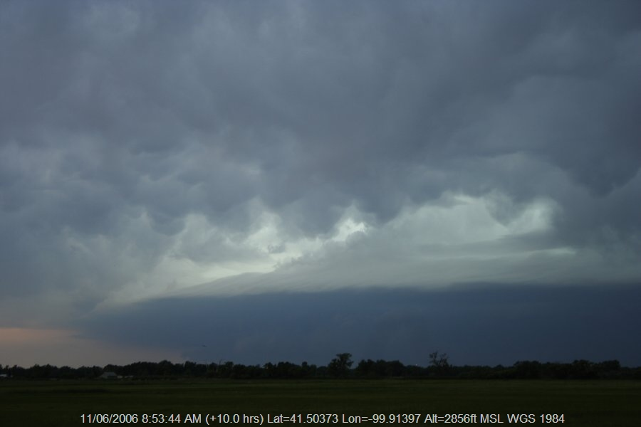 20060610jd85_supercell_thunderstorm_se_of_authur_nebraska_usa