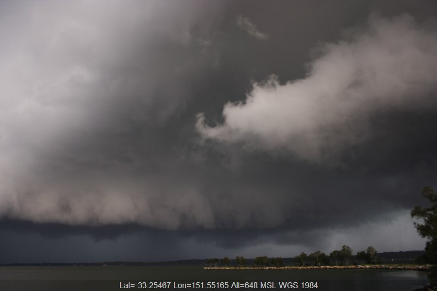 20071209jd31_supercell_thunderstorm_toukley_area_nsw