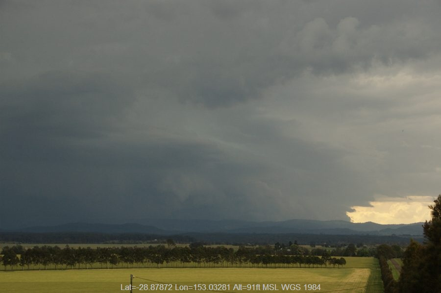 20080921mb33_supercell_thunderstorm_n_of_casino_nsw
