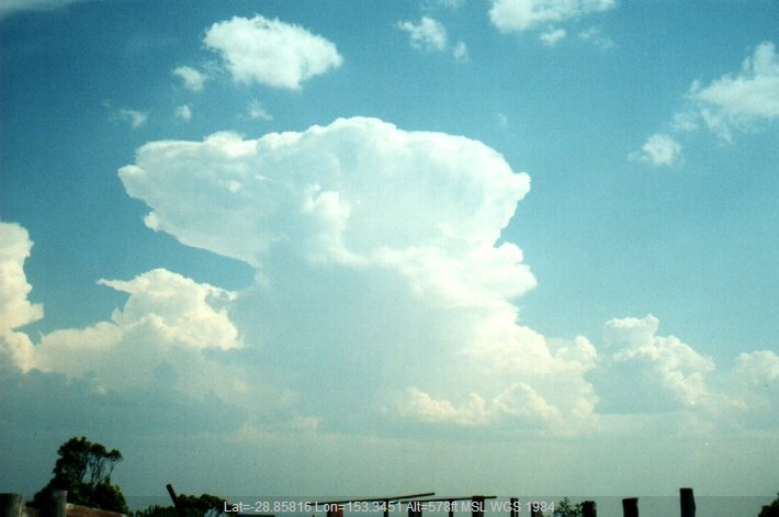 20000927mb07_thunderstorm_anvils_tregeagle_nsw
