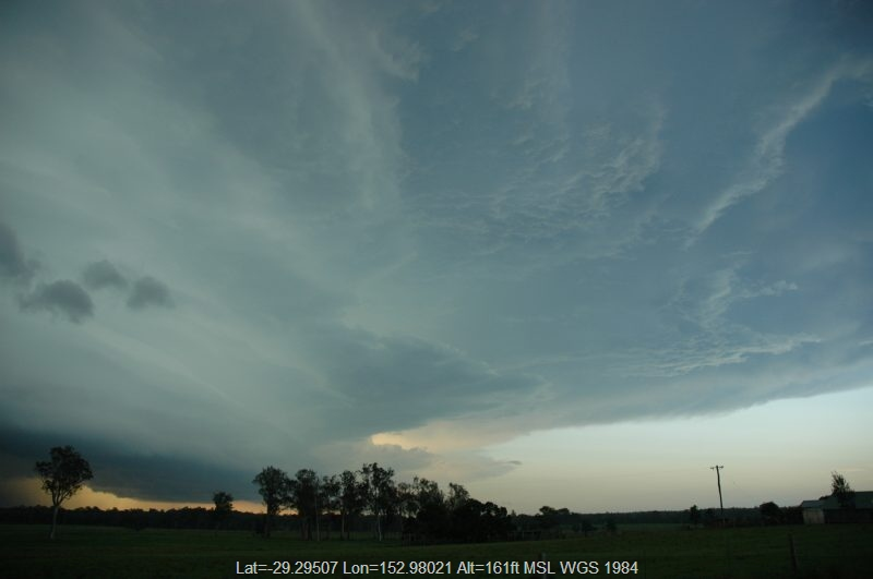 20050202mb31_thunderstorm_anvils_whiporie_nsw