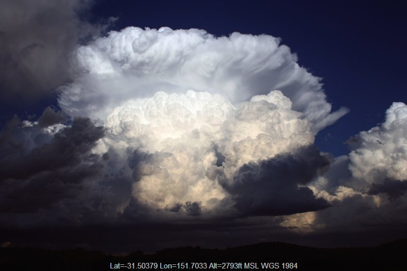 20051027jd12_thunderstorm_anvils_near_nowendoc_nsw