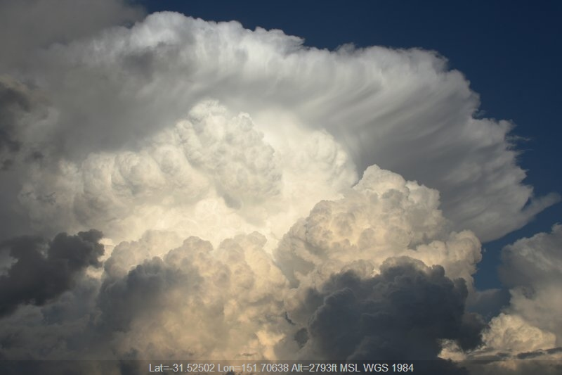 20051027jd15_thunderstorm_anvils_near_nowendoc_nsw