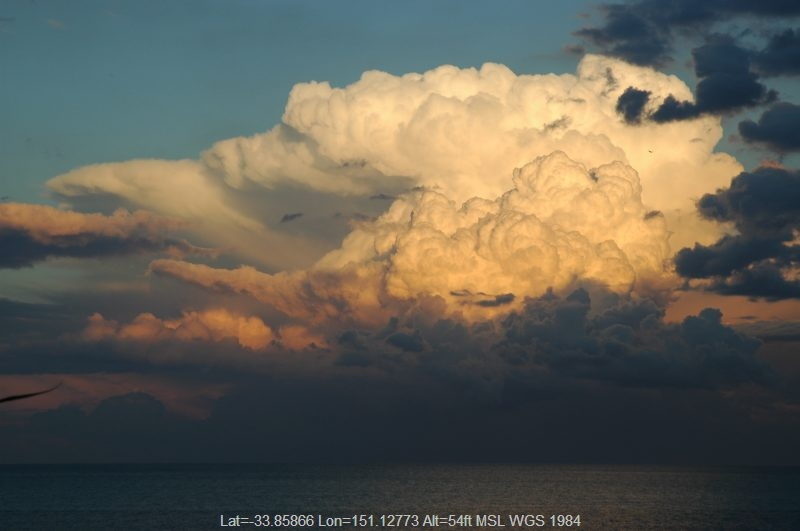 20040717mb05_thunderstorm_updrafts_cabarita_nsw