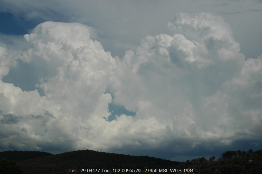 20070112mb15_thunderstorm_updrafts_tenterfield_nsw