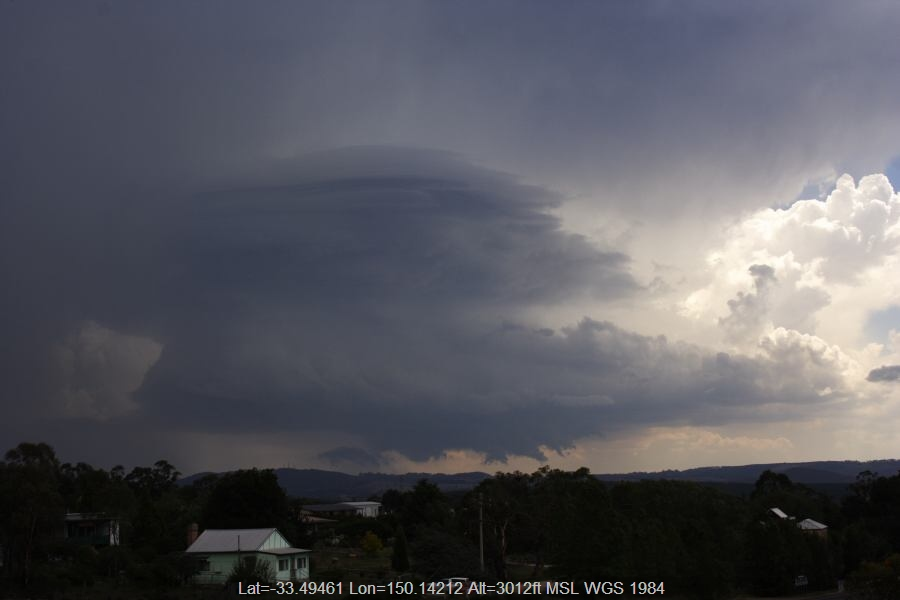 20070207jd18_thunderstorm_updrafts_near_lithgow_nsw