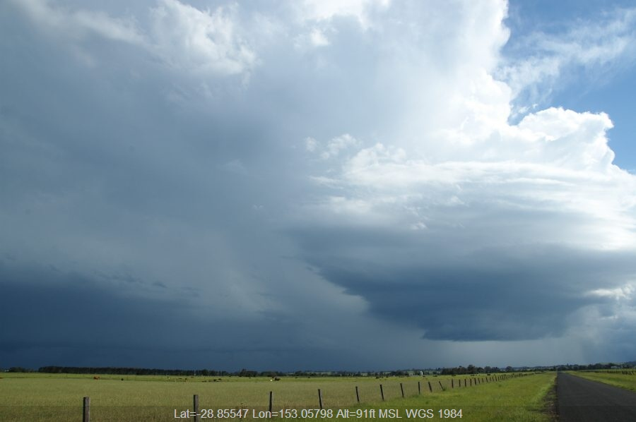 20081224mb46_thunderstorm_updrafts_n_of_casino_nsw