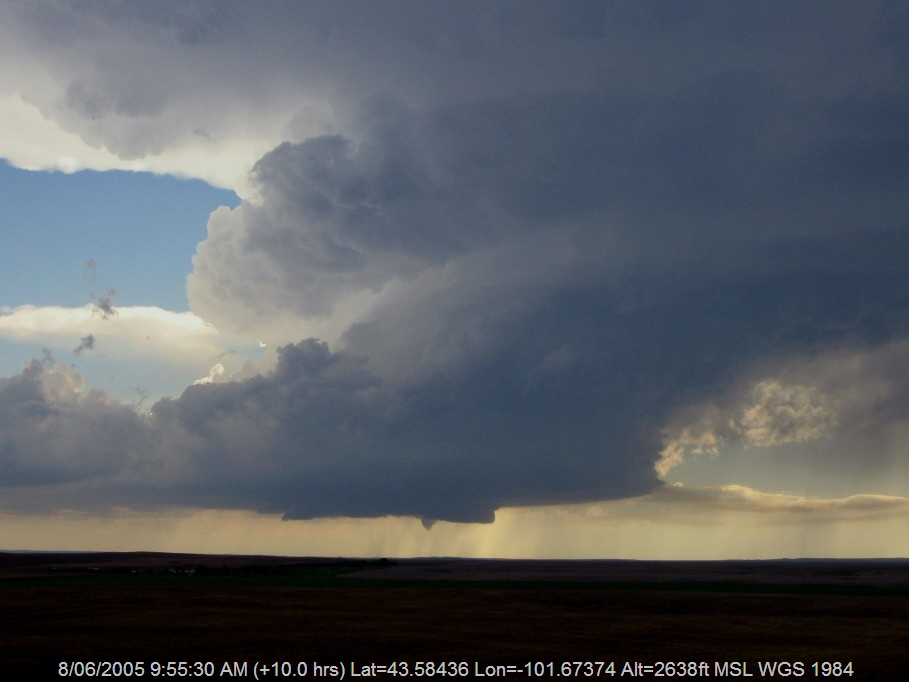 20050607jd08_funnel_tornado_waterspout_e_of_wanblee_south_dakota_usa