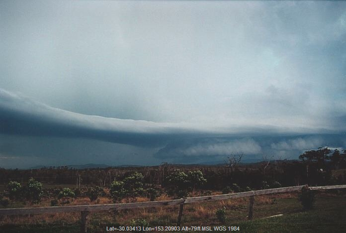 20001105jd31_thunderstorm_wall_cloud_corindi_beach_nsw