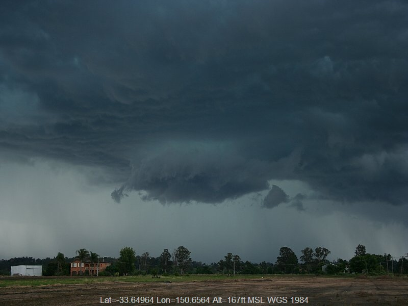 20051129jd07_thunderstorm_wall_cloud_yurramundi_nsw