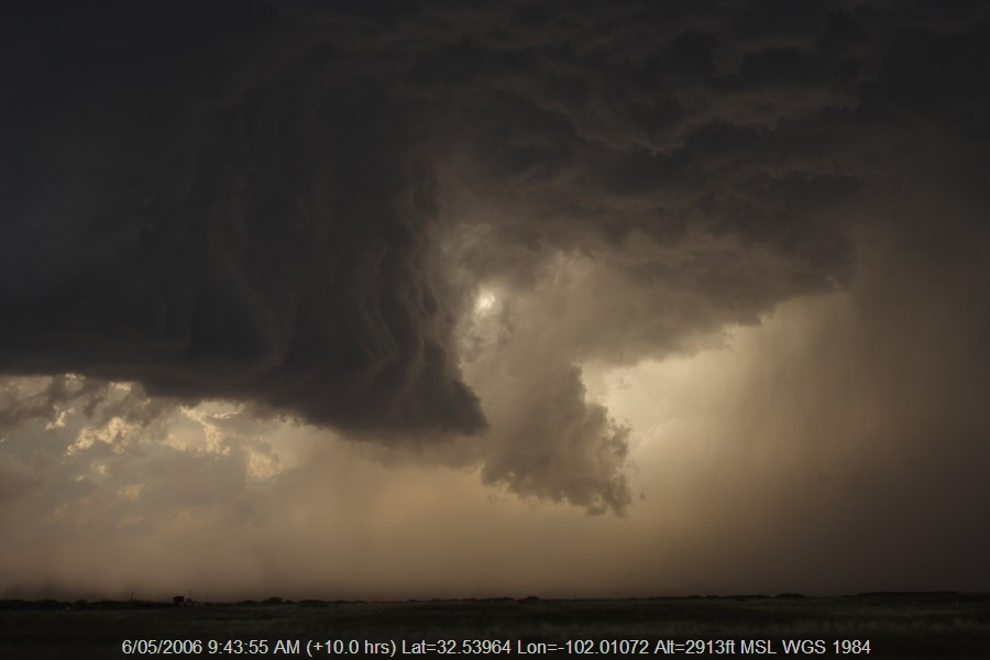 20060505jd33_thunderstorm_wall_cloud_patricia_texas_usa