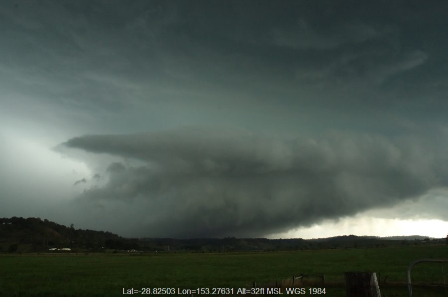 20071009mb28_thunderstorm_wall_cloud_south_lismore_nsw
