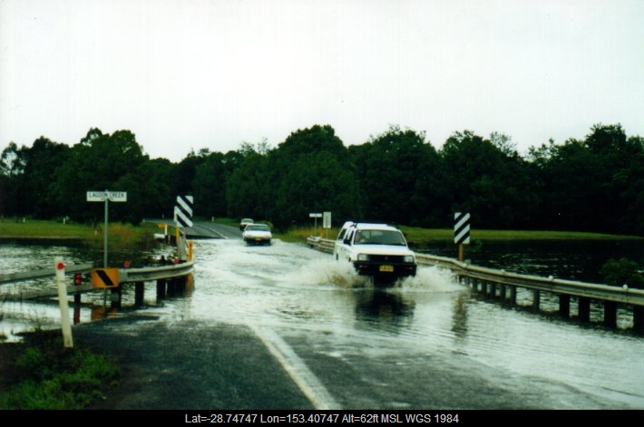 20010310mb05_flood_pictures_eltham_nsw