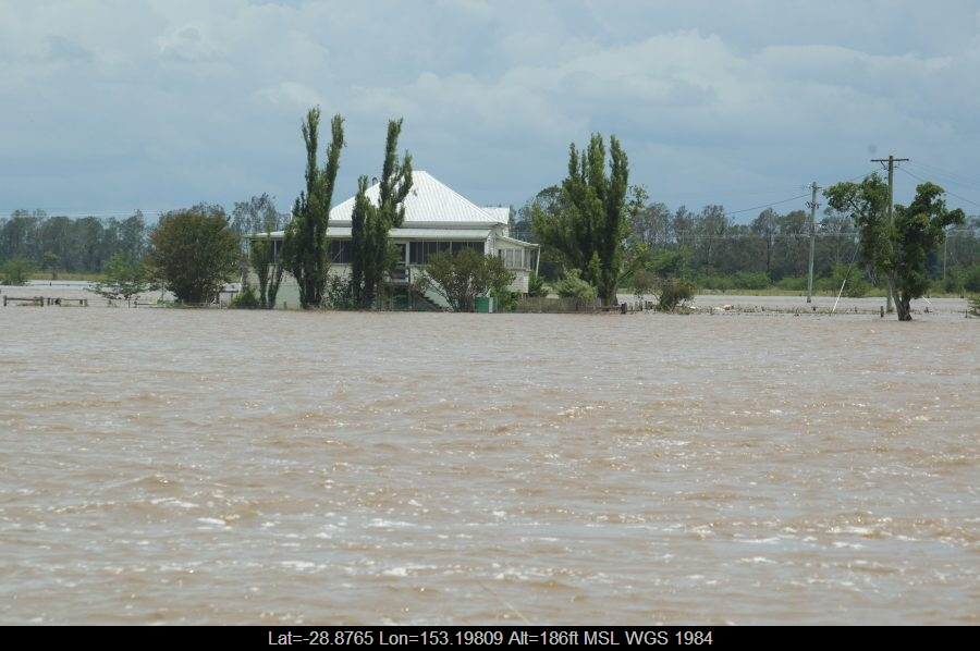 20080106mb22_flood_pictures_mckees_hill_nsw