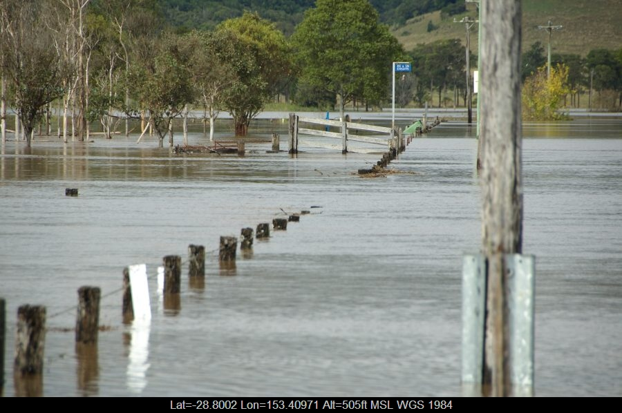 20090522mb007_flood_pictures_mcleans_ridges_nsw