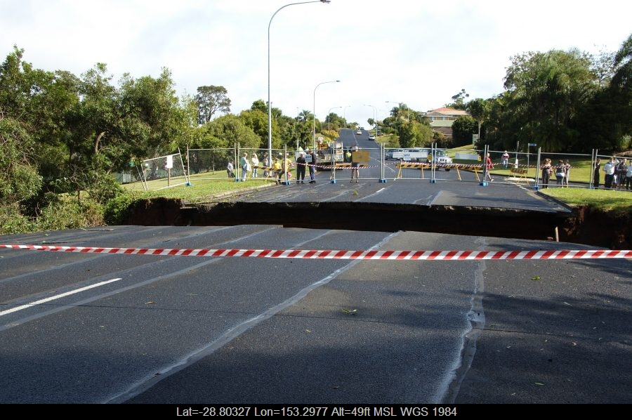 20090522mb029_flood_pictures_lismore_nsw
