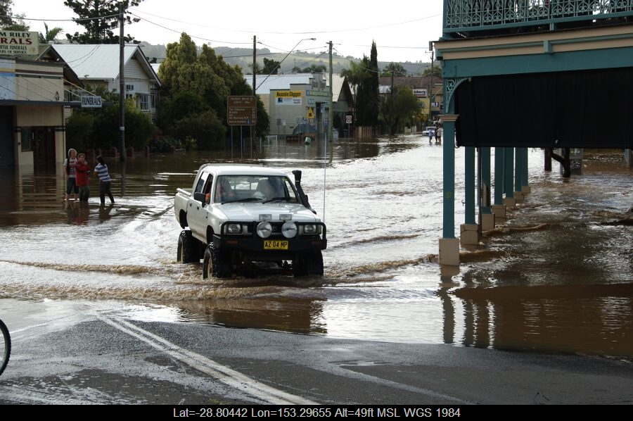 20090522mb077_flood_pictures_lismore_nsw