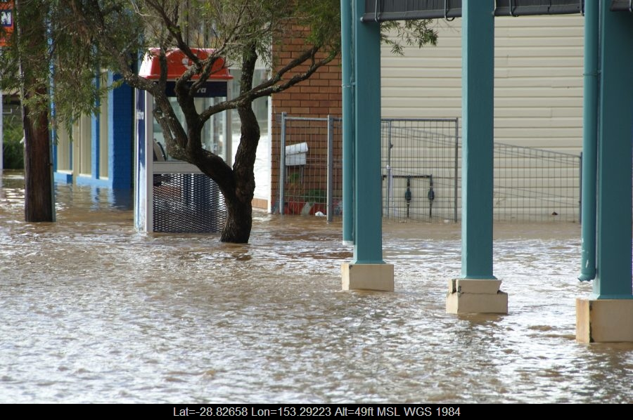 20090522mb080_flood_pictures_lismore_nsw