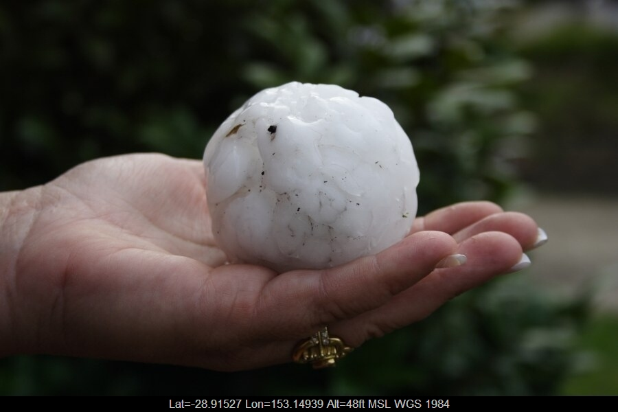 20071210jd23_hail_stones_blacktown_nsw