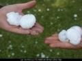 20081230mb059_hail_stones_lismore_nsw
