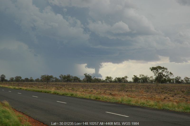 20041208mb020_precipitation_cascade_w_of_walgett_nsw