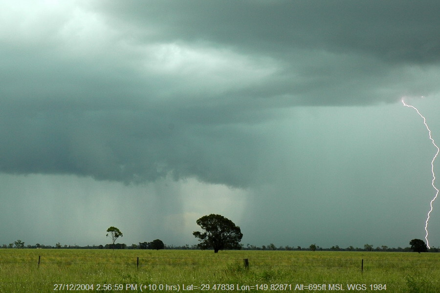 20041227mb073_precipitation_cascade_near_moree_nsw