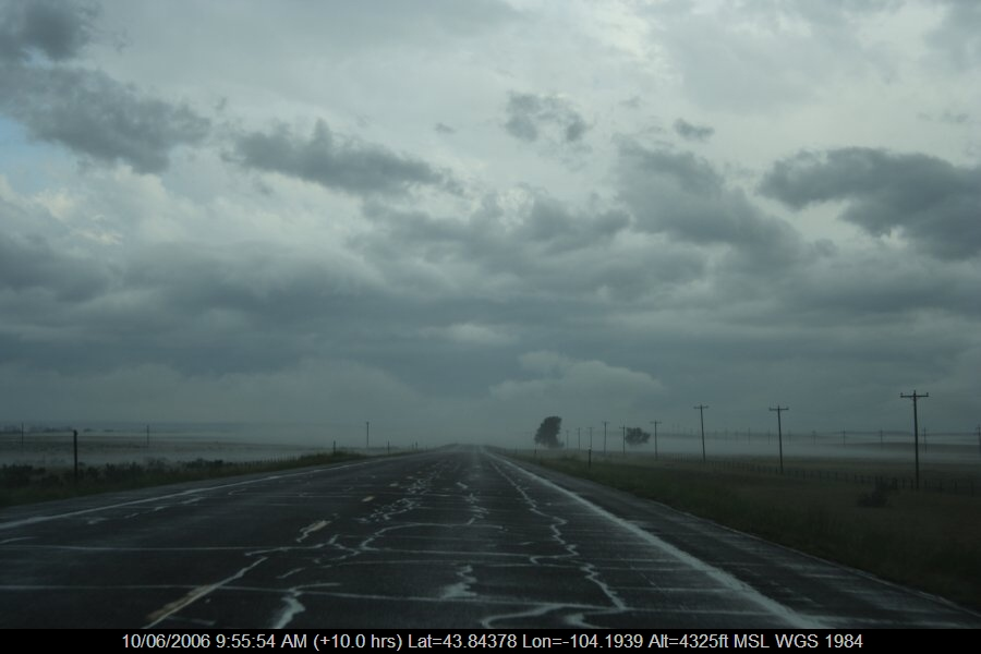 20060609jd71_fog_mist_frost_s_of_newcastle_wyoming_usa