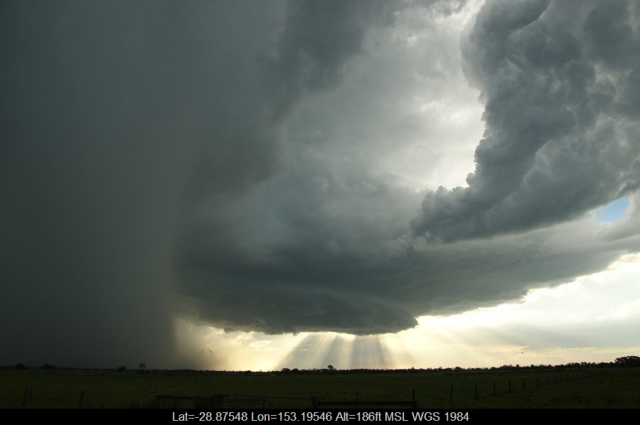 20081210mb37_micro_burst_mckees_hill_nsw
