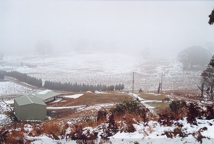 20010827jd01_snow_pictures_mt_lambie_nsw