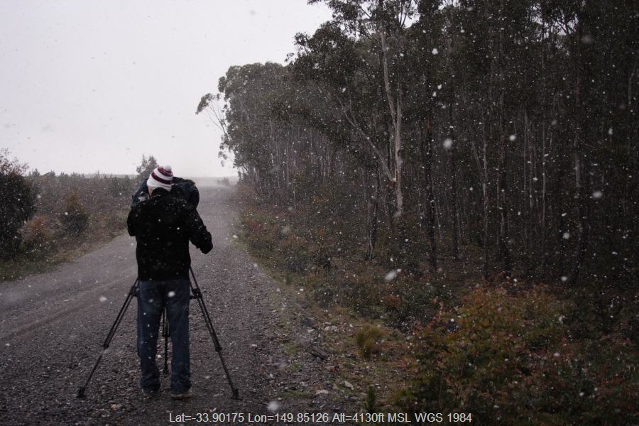 20061115jd05_snow_pictures_shooters_hill_nsw