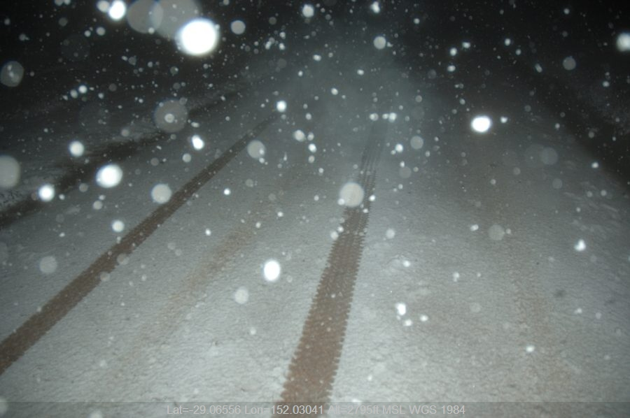 20070608mb34_snow_pictures_near_tenterfield_nsw