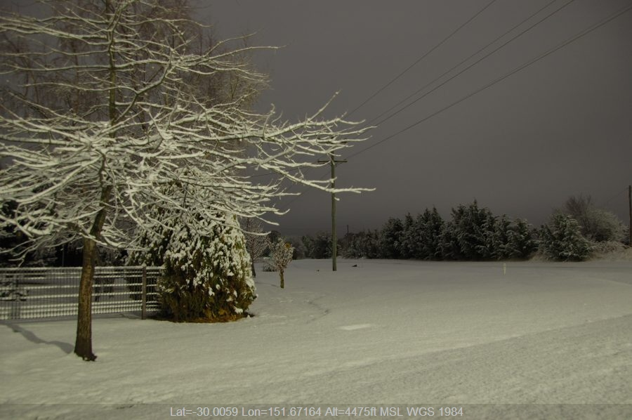 20080517mb64_snow_pictures_ben_lomond_nsw