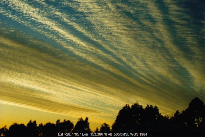 20000530mb01_sunrise_pictures_mcleans_ridges_nsw