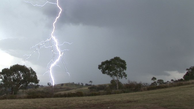 Spectacular lightning display Mt Panorama (Bathurst) 21 January 2012 3