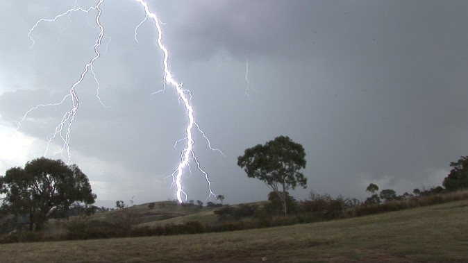 Spectacular lightning display Mt Panorama (Bathurst) 21 January 2012 4