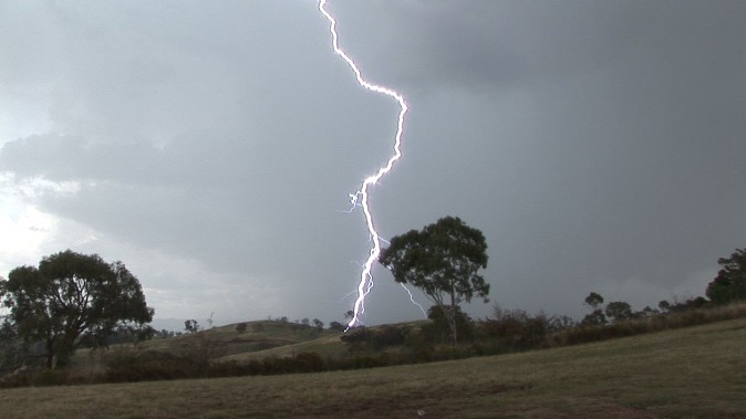 Spectacular lightning display Mt Panorama (Bathurst) 21 January 2012 5